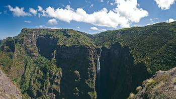 Views of the spectacular Geech Abyss in the Simien Mountains | Aran Price