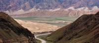 The road between Naryn and Bishkek winds its way through spectacular valleys | Peter Walton