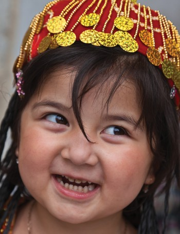 A young Uzbek girl - <i>Photo: Peter Walton</i>