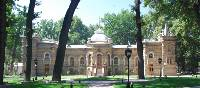 Classic Russian Tsarist architecture in Tashkent | Chris Buykx
