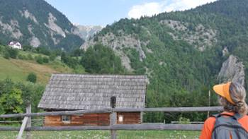 Hiking in the Piatra Craiului National Park | Lilly Donkers