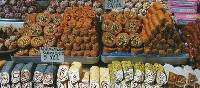 Sweet treats at Istanbul market | Serena Pearce