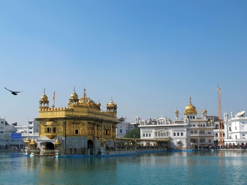 Stunning views towards the iconic Golden Temple - <i>Photo: Fiona Windon</i>