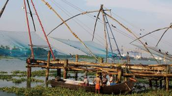Colourful fishing docks in Fort Cochin, Southern India | Scott Pinnegar