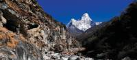 Trekking towards Namche Bazaar with views of Ama Dablam | Heike Krumm