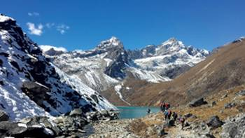 Trekking towards Gokyo Lakes | Chris Hathaway