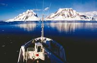 Boat_Antarctic_Peninsula-medium
