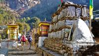 Everest Trek - travel between October and May