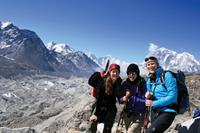 Everest_Khumbu_Himalaya_Nepal-medium