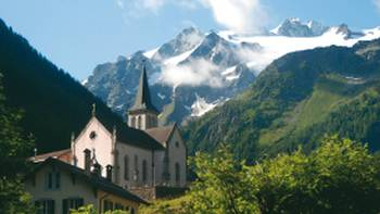 The stunning village of Triente is a day's walk from Chamonix | Sue Badyari