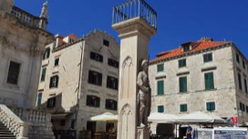 Roland Column is a well-known landmark in Dubrovnik's Old Town | charlemagne