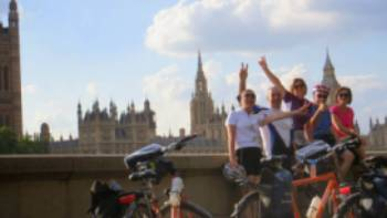 Cycle from Paris to London on the Avenue Verte cycle path