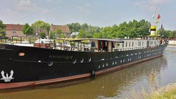 The Category A+ barge Magnifique I on our Holland tours