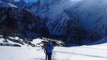 Trekking towards Annapurna Base Camp | Kelly Sauvarin