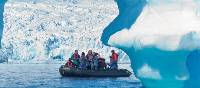 Zodiac cruising in the Antarctic Peninsula | Peter Walton