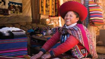 Quechua woman backstrap weaving in Chinchero | Mark Tipple